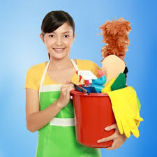 Giúp việc theo giờ hay giúp việc ở lại nhà phù hợp với bạn