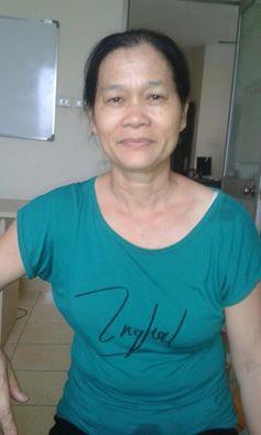 Cô Hiền sinh năm 61, quê Hà Nam vô cùng hiền lành thích chăm trẻ