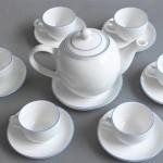 Đánh bay vết bám của trà và cafe với chanh hoặc bột nở