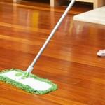 Cách làm sàn gỗ sạch và sáng bóng đơn giảnCách làm sàn gỗ sạch và sáng bóng đơn giản