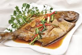 Món cá chim kho riềng thơm nức mũi cho bữa ăn hàng ngày
